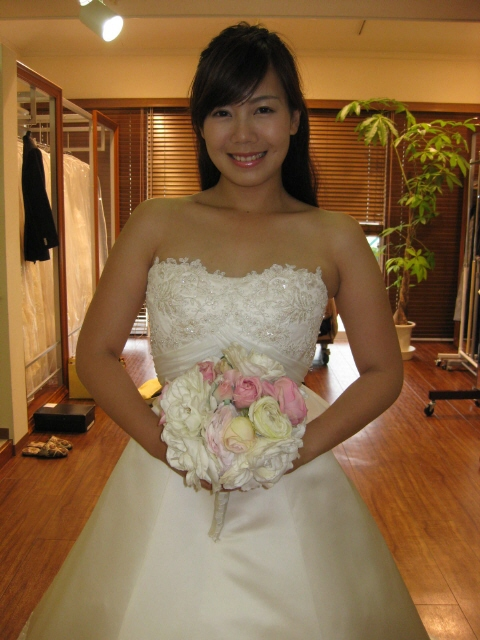 http://www.sposa-blanca.com/blog/assets_c/%E5%86%99%E7%9C%9F00025.jpg