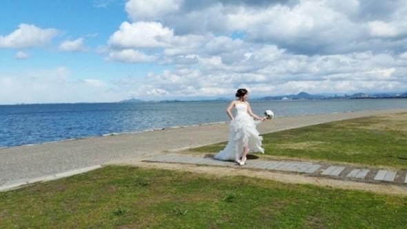http://www.sposa-blanca.com/blog/assets_c/sposaSHIGA.jpg