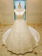 ウェディングドレス ボートネック