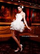 ミニのウェディングドレス