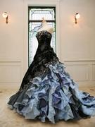 大人っぽいブルーのカクテルドレス