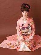 かわいいピンクの花嫁引き振袖(掛下の替わりに打掛と重ね着OK)