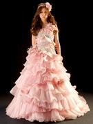 カラードレス 可愛いピンクにシルバーのビジューがアクセント