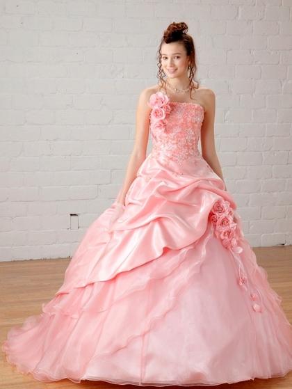 カラードレス ニュアンスピンクの色ドレス