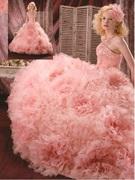 カラードレス ピンクのフィット&フレアーのシルエット