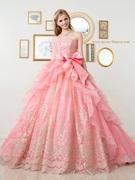 落ち着きのあるサーモンピンクのカラードレス
