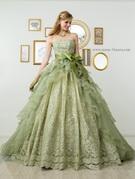 落ち着きのあるグリーンのカラードレス