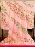 色打掛 ピンク相良刺繍 さくらの季節に・・・