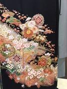 留袖レンタルは大阪梅田 ホテル阪急インターナショナル1階「スポサブランカ・丸福衣裳」におまかせください。