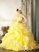 カラードレス イエロー ウエストを細く見せるデザイン 関西花嫁