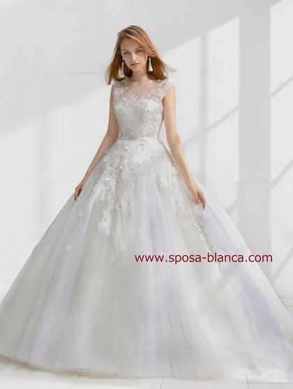 新作ウェディングドレス|繊細なレースの背中見せドレス