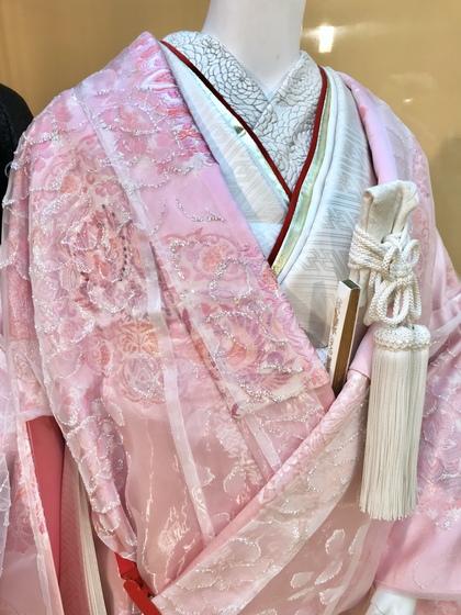 ピンクの色打掛にオーガンジーの『お掛け』を重ね着♪『彩衣(さいごろも)』